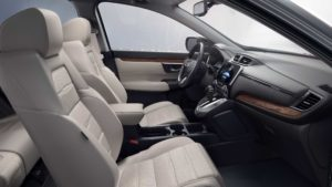 MY17_cr-v_interior_gallery_03